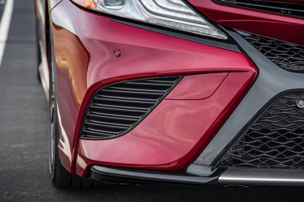 2018 Camry Upgrades Its Front End