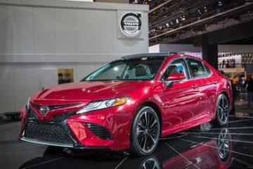 DriveZing Reviews the 2018 Toyota Camry