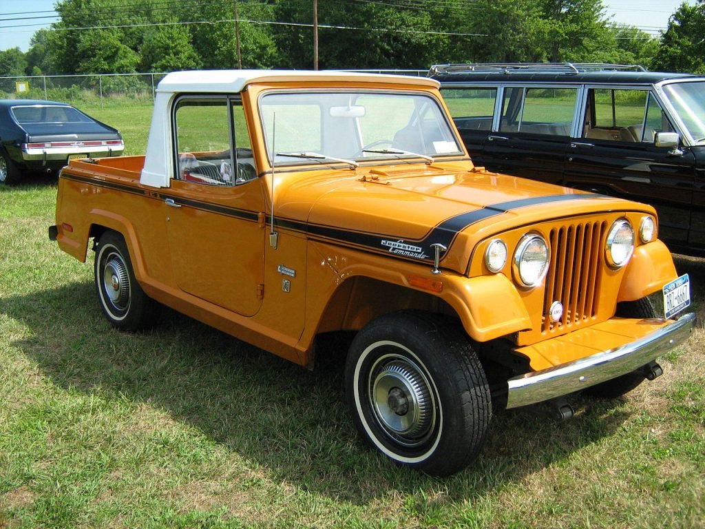 The Jeepster Commando pickup provided sporty functionality